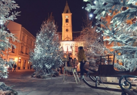НОВА ГОДИНА 2020 във ВАРАЖДИН – бароковото бижу на Хърватия, с включени 2 стандартни вечери, 1 ПРАЗНИЧНА НОВОГОДИШНА ВЕЧЕРЯ  с богато меню и неограничена консумация на напитки местно производство и жива музика.